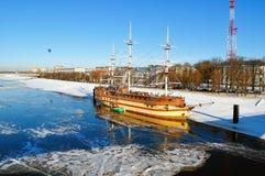 冬天城市风景在Veliky诺夫哥罗德,俄罗斯 图库摄影