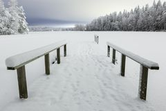 冬天夜湖风景 库存图片