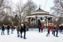 冬天妙境的滑冰场在伦敦 库存图片