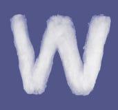 冬天字母表,由棉绒做的标志 被隔绝的蓝色背景 所有信件 高分辨率 免版税库存照片