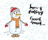 冬天季节关于雪的字法行情 手写的书法标志 与雪人的手拉的传染媒介例证,隔绝在w 免版税库存图片