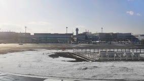 冬天季节的机场 影视素材