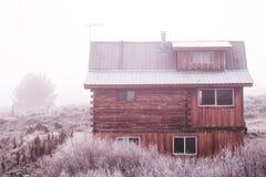 冬天客舱在斯坦利,爱达荷 库存照片
