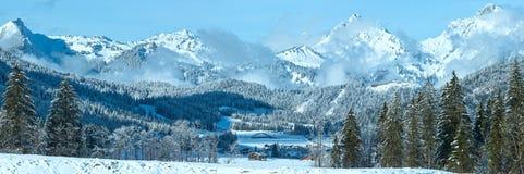 冬天山全景(奥地利,提洛尔) 免版税图库摄影