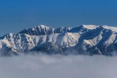 冬天山横向 库存图片