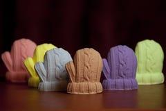 以冬天手套的形式肥皂 免版税库存图片
