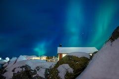 冬天挪威 在Hamnoy的北极光 库存图片