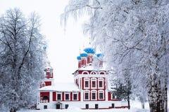 冬天教会 免版税图库摄影
