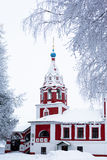 冬天教会 免版税库存照片