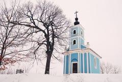 冬天教堂 免版税图库摄影