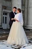 冬天新娘夫妇 图库摄影