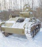 冬天是第二次世界大战t-70俄国坦克  库存照片
