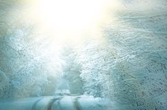 冬天晴朗的圣诞节背景 背景横向山西班牙白色冬天 图库摄影