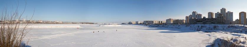 冬天河白俄罗斯全景  免版税图库摄影