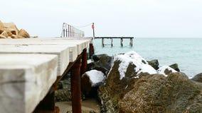 冬天海和码头 影视素材