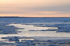 冬天海 库存照片