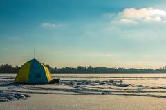 冬天渔帐篷 库存图片