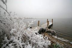 冬天的湖 免版税库存照片