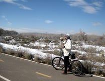 冬天自行车乘驾 库存照片