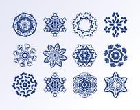 冬天设计的雪花集合 库存图片