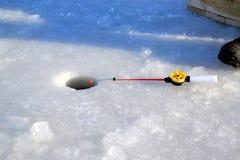冬天钓鱼竿 库存照片