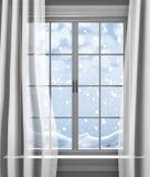 冬天雪轻轻地落的外部房子的paned窗口 库存图片