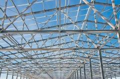 冬天风景的背景的钢建筑 库存图片
