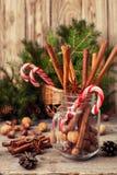 冬天香料和成份烹调的 免版税库存照片