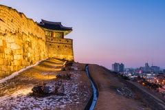 冬天,在华城的日落在水源,韩国 库存照片
