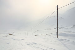 冬天,山多雪的风景 免版税库存照片