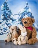冬天 圣诞节 朋友 小熊莫斯科极性通配动物园 库存图片