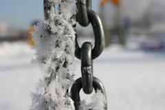 冬天 在链节的雪花 免版税库存图片