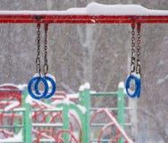 冬天 降雪在城市 库存照片