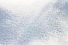 冬天-雪文字 在雪表面写的信 冷淡和晴天 库存照片