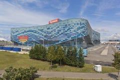 冬季体育Aisberg宫殿在索契奥林匹克公园 免版税图库摄影