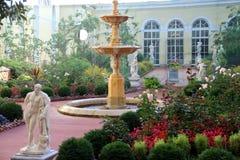 冬宫和埃尔米塔日博物馆-圣彼得 免版税库存图片