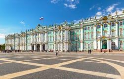 冬宫在圣彼得堡,俄罗斯 免版税库存图片