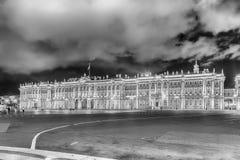 冬宫的门面,埃尔米塔日博物馆,圣彼德堡, R 免版税库存图片