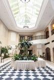 冬景花园在旅馆Adlon柏林里 库存照片