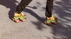 滑冰与双重轮子 库存照片