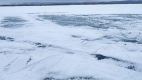 冰冬天雪在河风景说谎自然照相机运动 股票视频