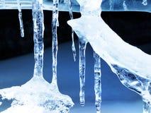 冰冰柱形成 免版税库存照片