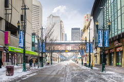 冰冷的斯蒂芬大道在卡尔加里在一个冬日 库存照片