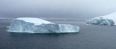 冰冷的横向在南极洲 免版税库存图片
