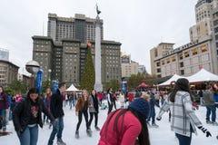 滑冰在联合广场,旧金山,美国 免版税库存照片