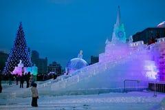 冰在莫斯科显示的在Poklonnaya小山图 圣诞节和Ne 免版税库存图片