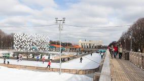 滑冰场在高尔基公园,莫斯科 免版税库存照片