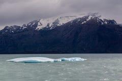 冰山在埃尔卡拉法特阿根廷 图库摄影