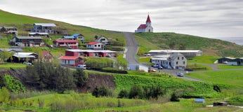 冰岛教会在Vik 免版税库存图片