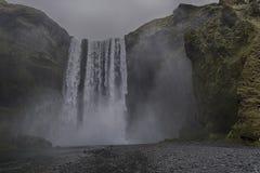 冰岛skogafoss瀑布 免版税库存图片